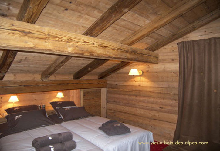 vieux bois eclat etuv. Black Bedroom Furniture Sets. Home Design Ideas